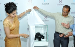 Taapsee unveiling New Platinum collection @ Malabar 2