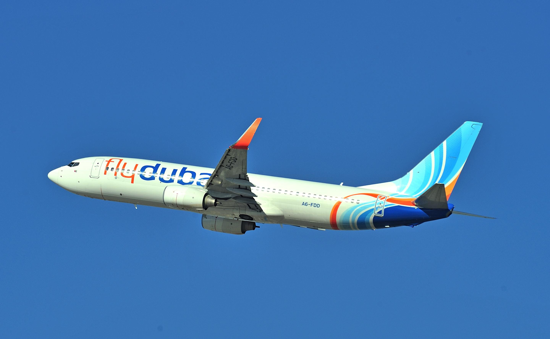 flydubai aircraft in flight