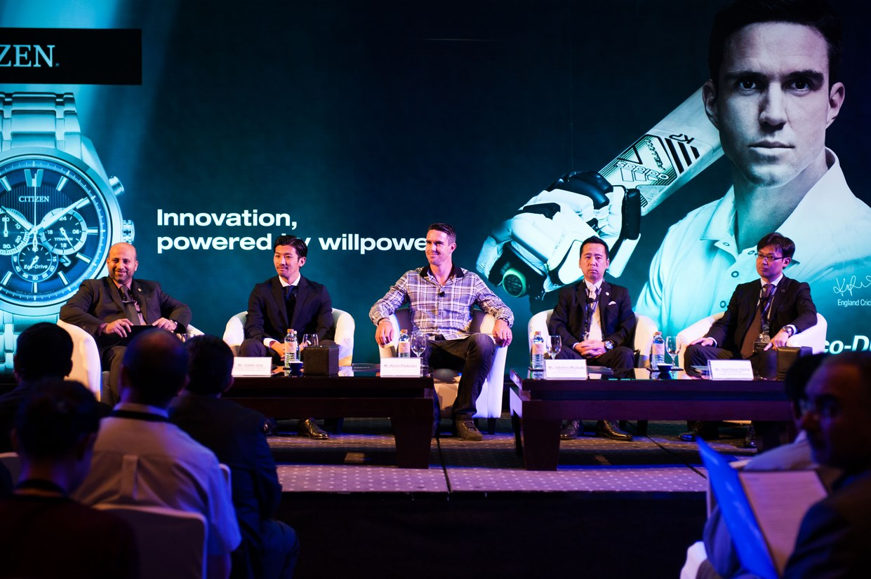 Kevin Pietersen CITIZEN Brand Ambassador with  CITIZEN team during PC in Dubai