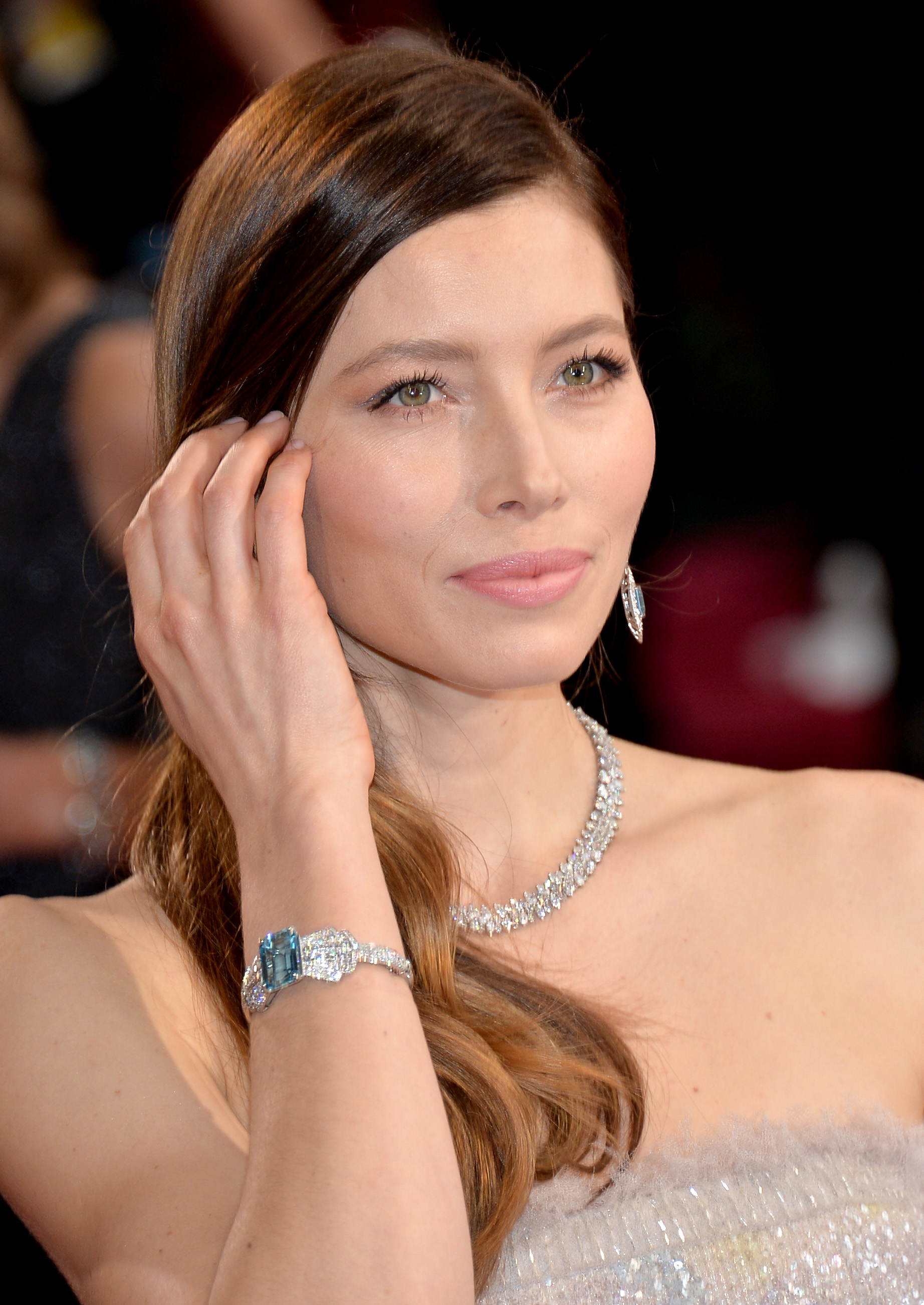 World S Biggest Movie Stars Wear Platinum Jewelry To The