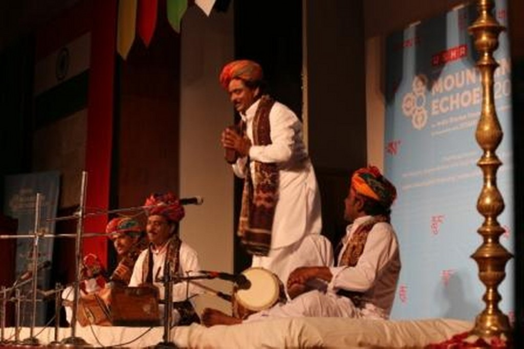 Langa singers from Rajasthan performing at the Inaugural ceremony of USHA presents Mountain Echoes_1600x1068