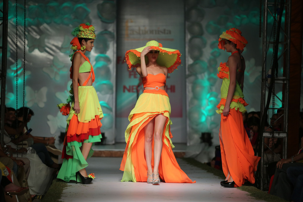 Models wearing clothes from Melange collection