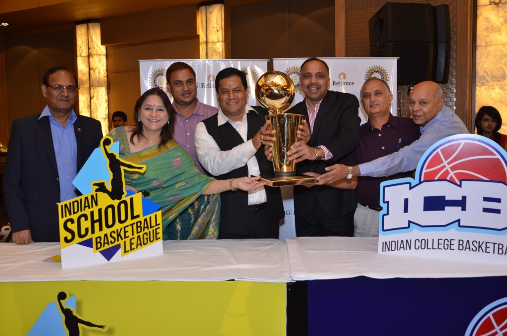 Mrs. Roopam Harish Sharma Mr. Ashu Jindal  Coach K.K. Chansoria and Cheif Guest Sarbananda Sonowal with the Champions_