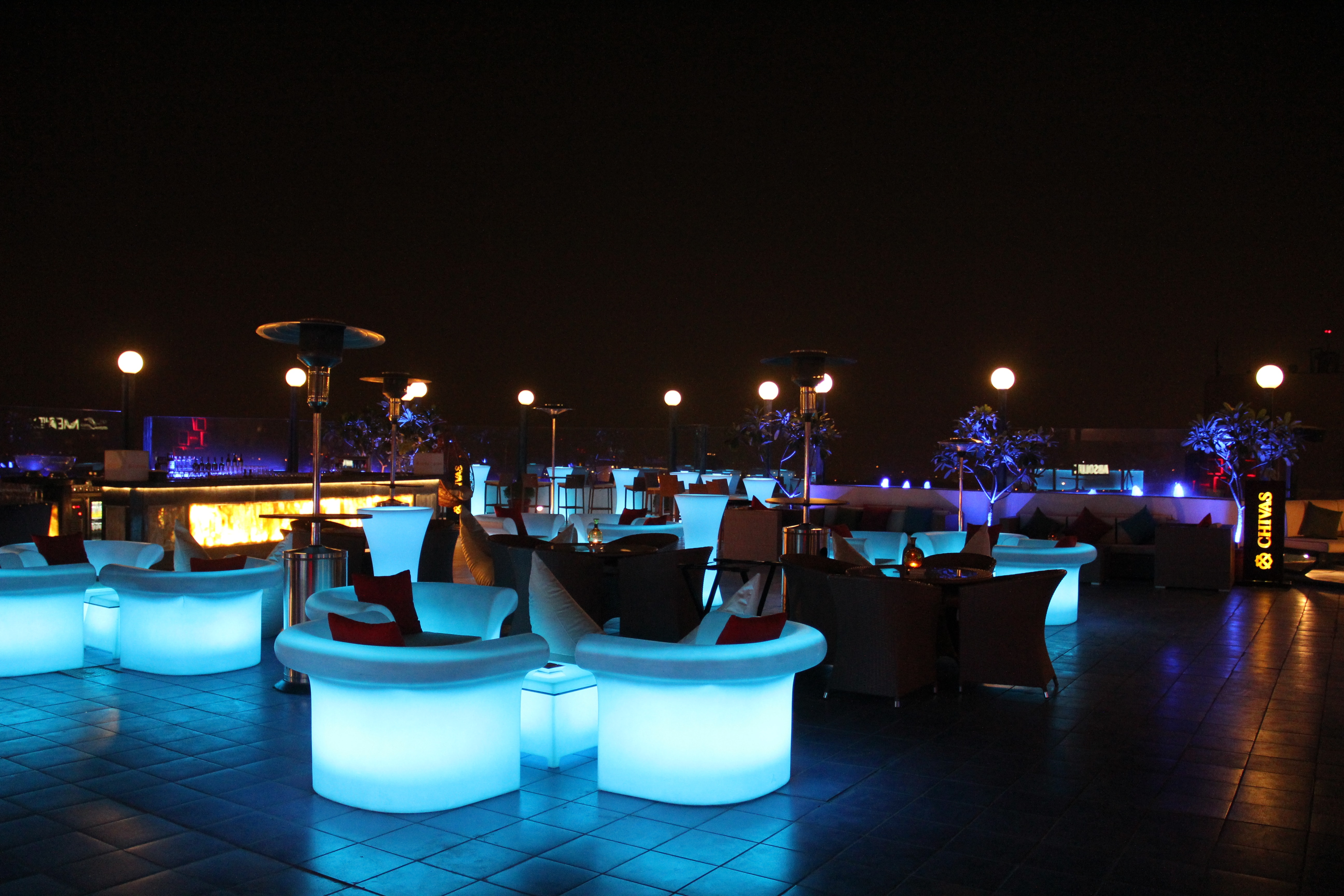 Sky Lounge Bar & Grill (2)