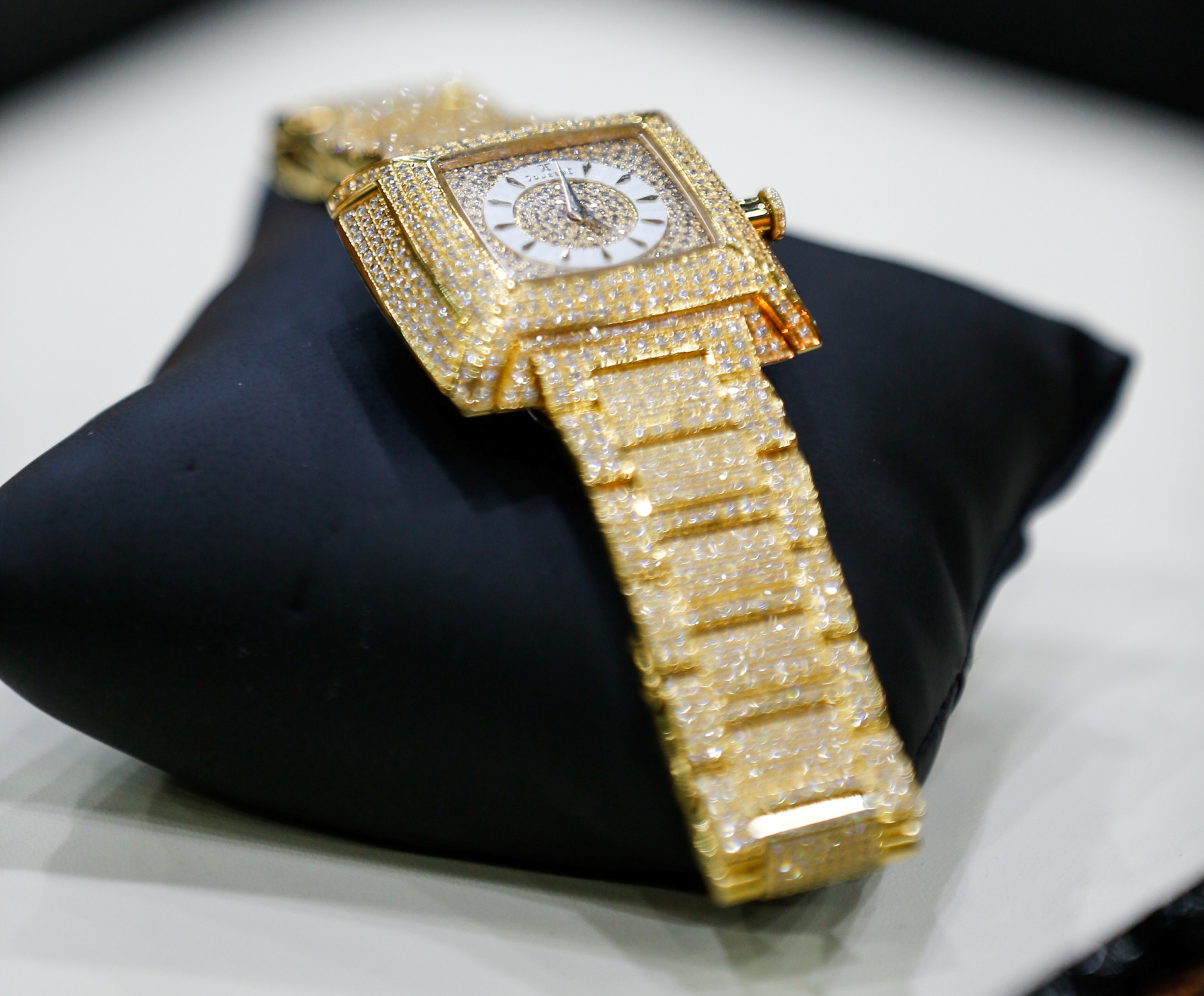 A dazzling Swiss made watch from Al Daham with sparkling diamonds retails for AED 43,000.