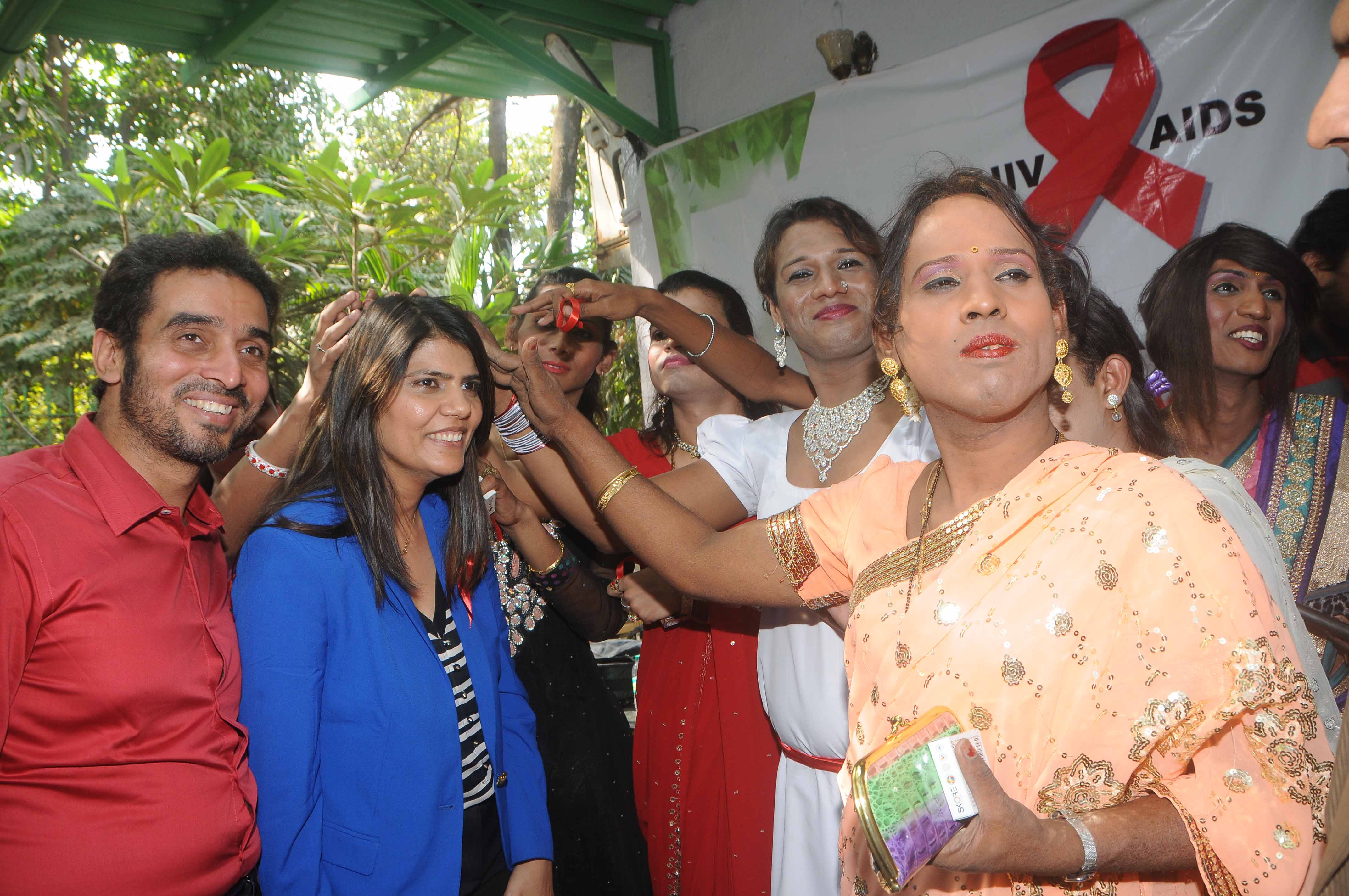 Dr Sunita Dube Gets Blessing from Enunch