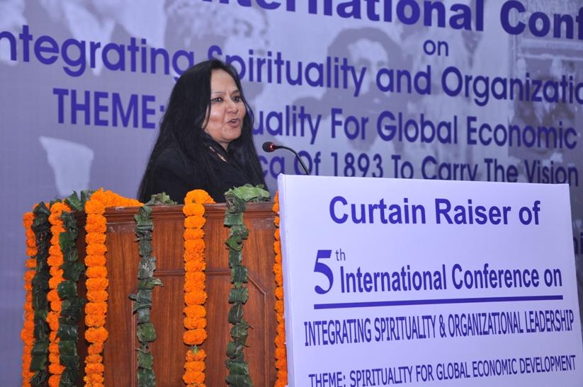 Prof. Sunita Singh Sengupta- Founder of ISOL Foundation and Conference Convener addressing the gathering