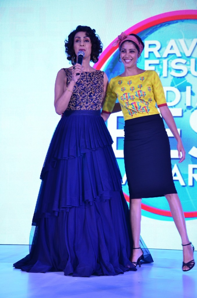 Ms Shivani Wazir Pasrich  Emcee; Ms Nida Mahmood   Founder of Le Passage To India at the T+L India's Best Awards
