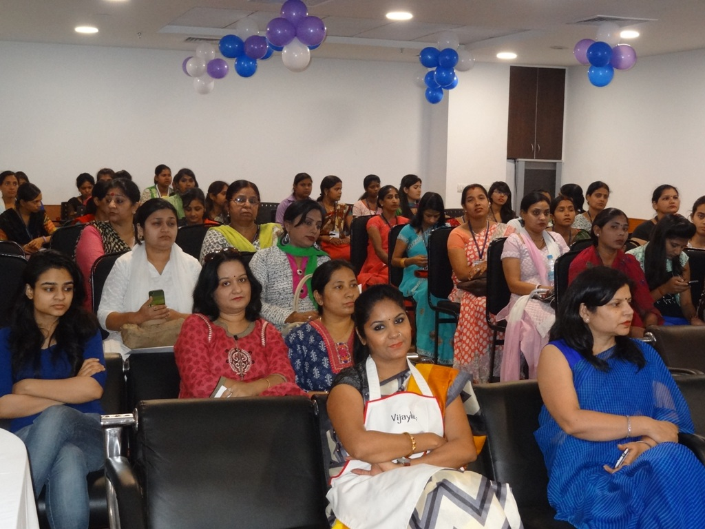 Paras hospital mothers day with master chef winner vijaylakshmi