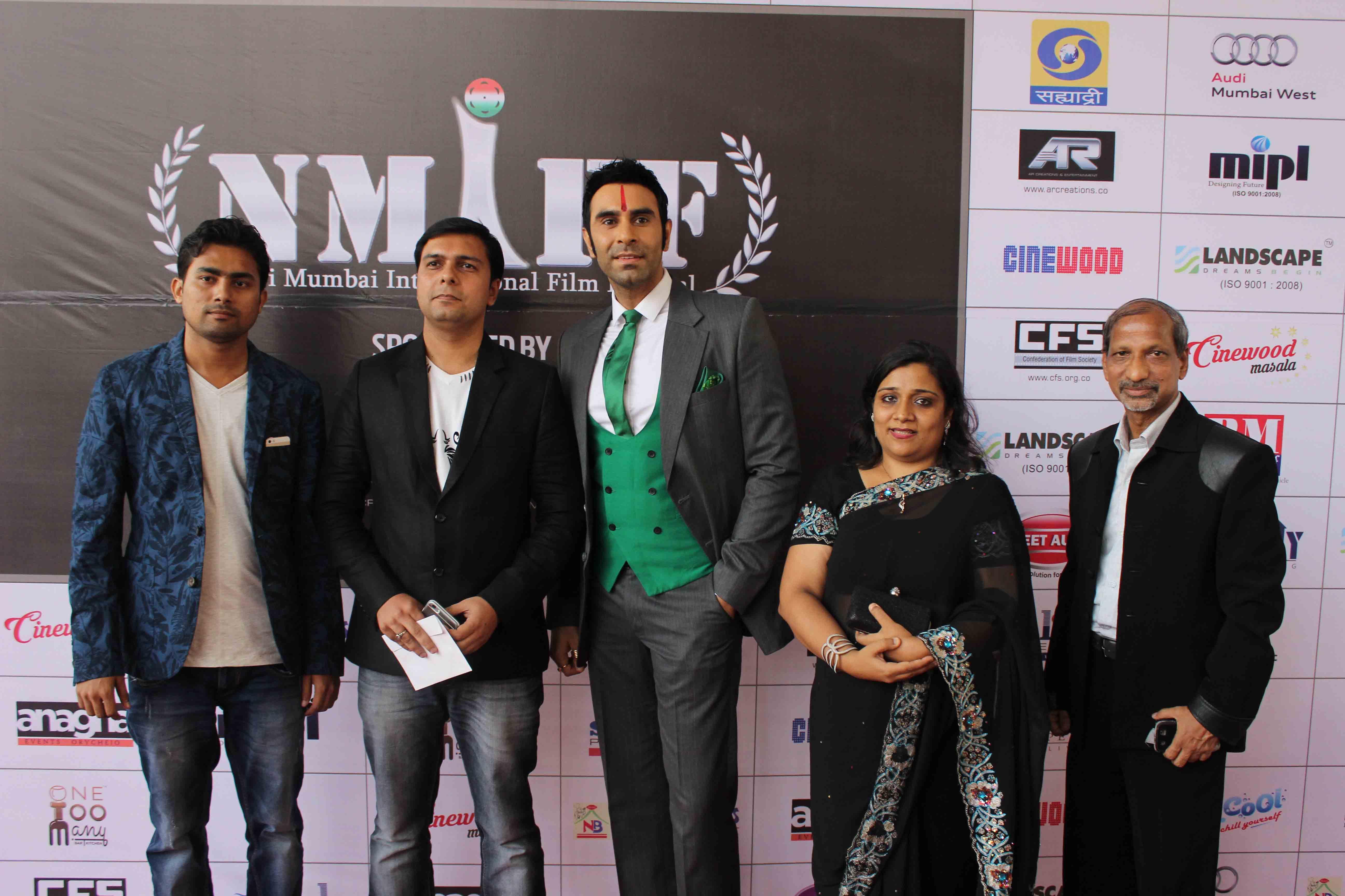 Sandip Soparrkar awarded by Navi Mumbai International Film Festival1.docx