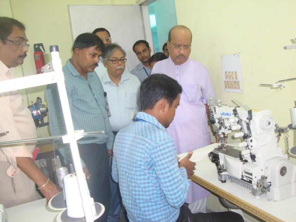 Hon'ble Minister's visit at Spl. Sewing Machine Lab of ATDC- Kolkata