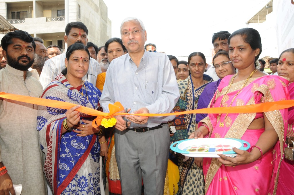 Mr Anil Mathur COO Godrej & Boyce inaugurates school in Shirwal