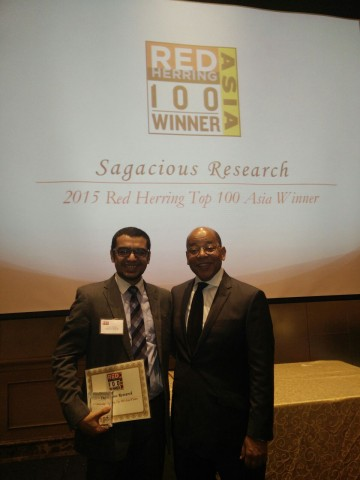 Mr.Anant Kataria Co-Founder and CEO of Sagacious Research wining the Red Herring 100 Award