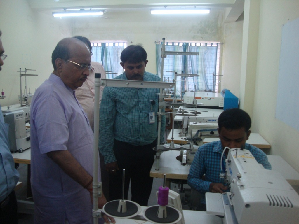 Spl. Sewing Operation Demonstration to hon'ble Minister