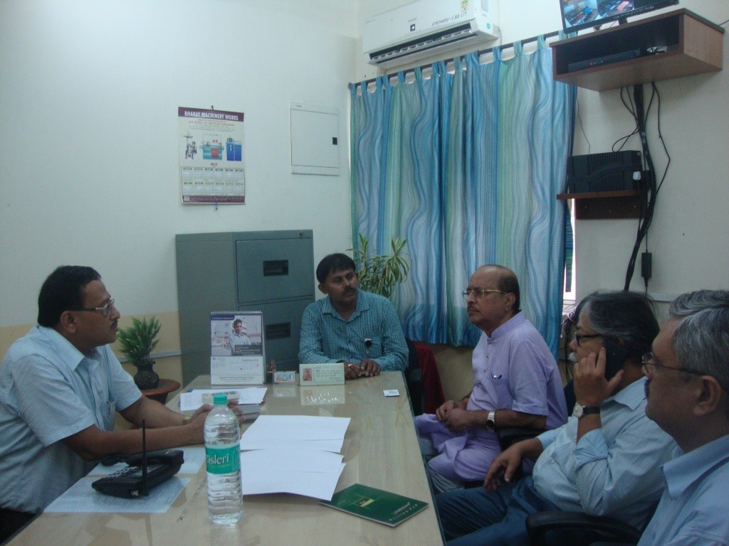 State Coordinator explaining the hon'ble Minister about ATDC Training Courses