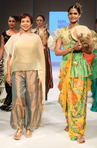 Designer Yoland with the model