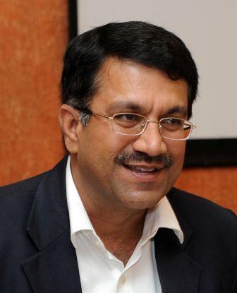 Pic_Mr. Rajeev Bhardwaj_VP_Human Resource_Sun Life Financial Asia Service Centre