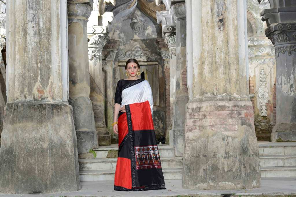 Ethnic Dukaan New collection saree black  red & white