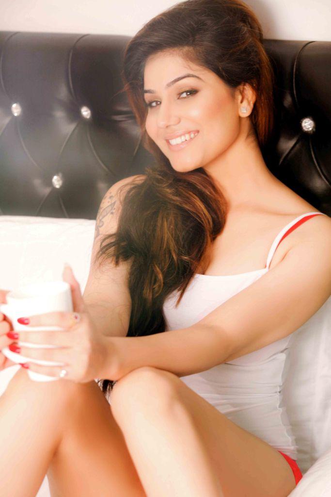 Kangna Sharma25