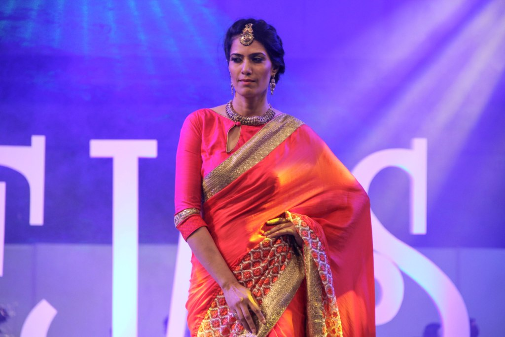 Model wearing Preciosa Collection walked the ramp at IIFJAS Exhibition  Mumbai (2)