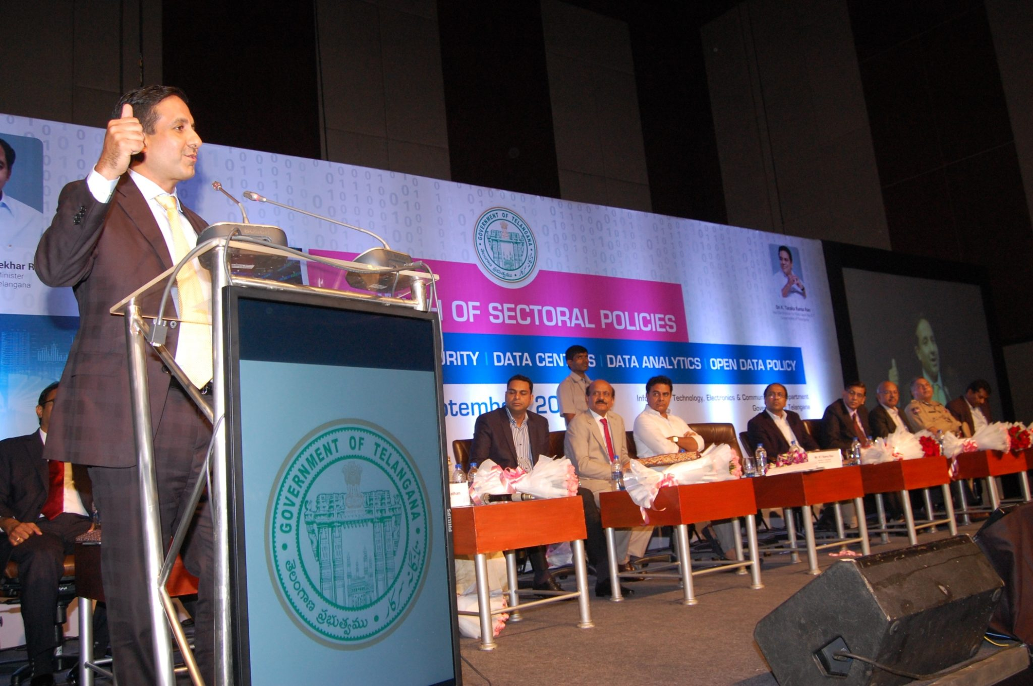 mr-dinesh-malkani-president-cisco-india-and-saarc-at-the-announcement-of-st_